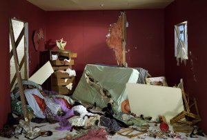 Jeff Wall The Destroyed Room, 1978,  Transparency in light box